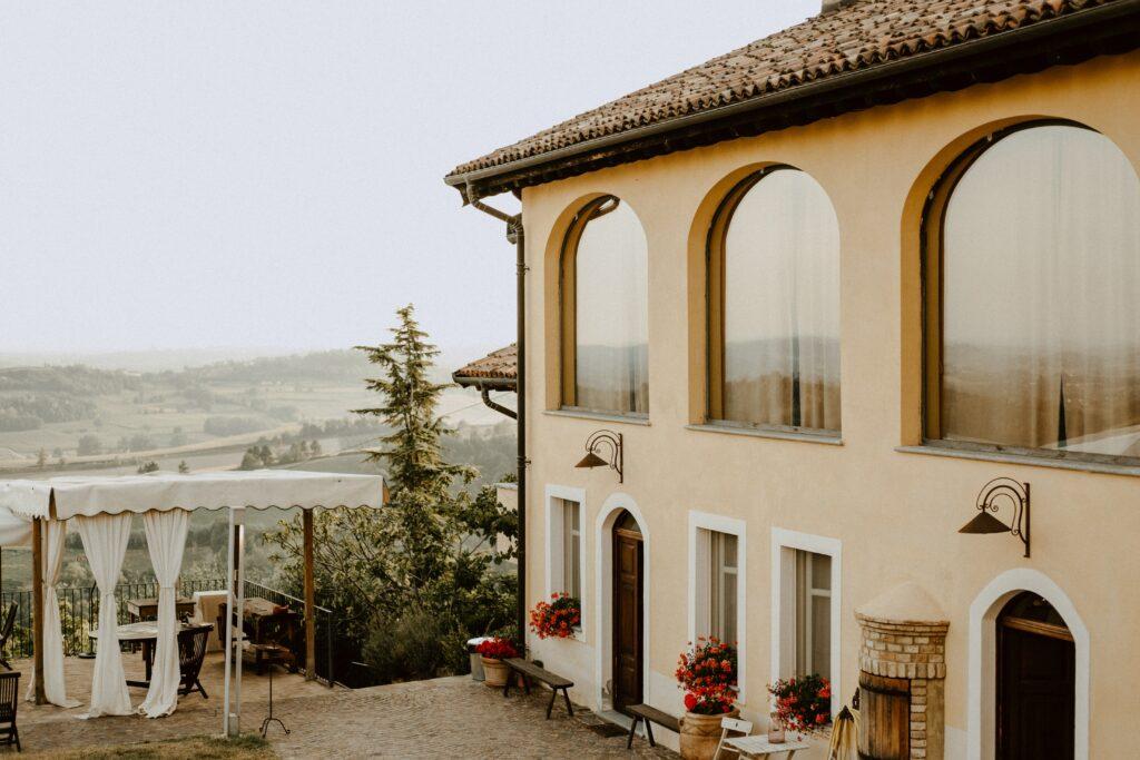 villa in italy for digital nomad